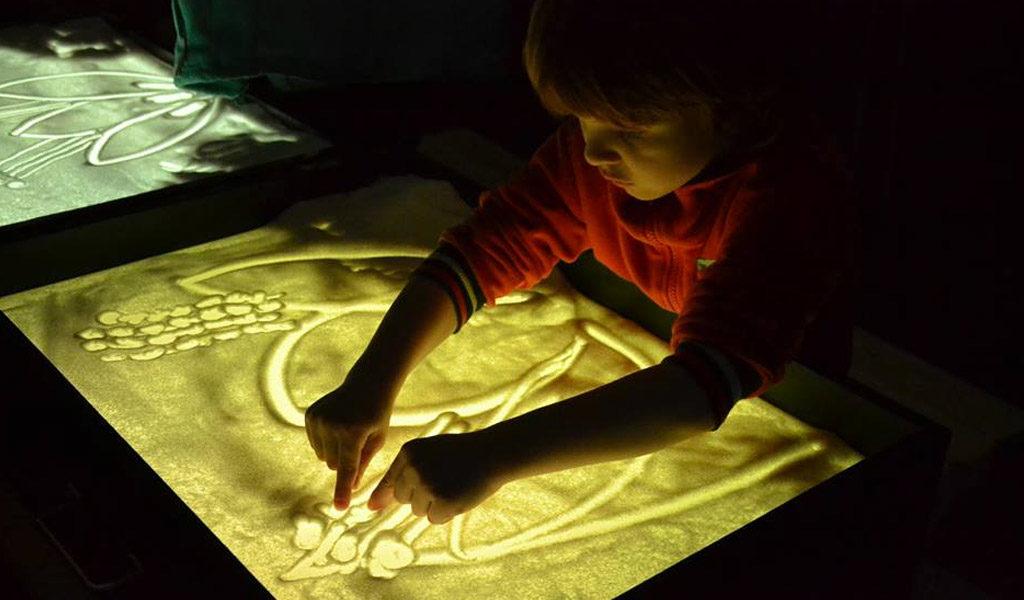 Малювання піском: уроки для дітей