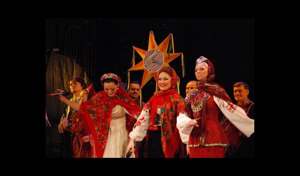 Різдвяний концерт на дві дії