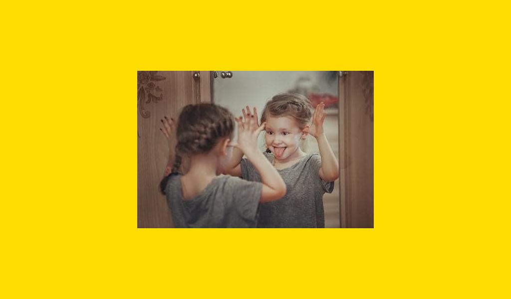 """АРТ-тренінг для дітей """"Я і дзеркало"""""""