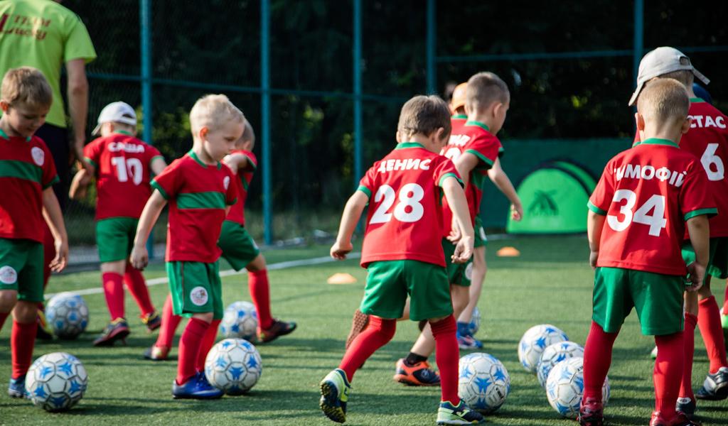Безкоштовний урок з футболу для дітей