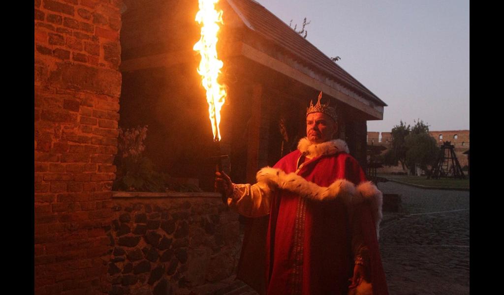 Вечірня екскурсія в Луцькому замку